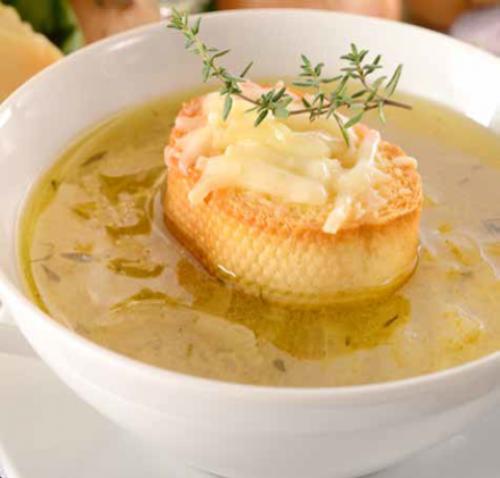 Rustikale Zwiebelsuppe